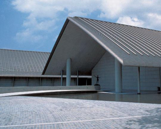 """日本の屋根には、""""美段一文字""""がよく似合う。"""