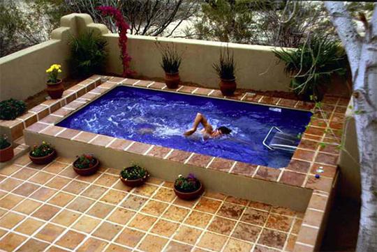 水泳、エクササイズ、アクアティックセラピーに『エンドレスプール』