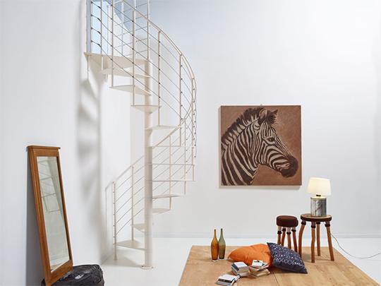 コンパクトならせん階段「slim」は室内の空間をオシャレに魅せます!