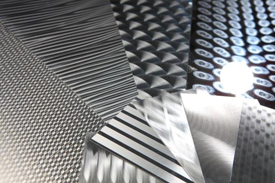 金属のデザイン研磨による高級感と独創性をご提案します