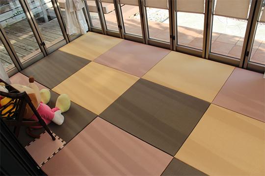 簡単メンテナンス!丸洗いOK!「ガーデン畳」が便利です!