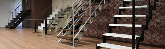 階段製品を見て触って昇り降りしながら楽しめるショールーム ショールーム