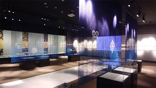 ストリングスカーテン「ラインビュー オンデマンドプリント」の施工事例を紹介 製品紹介