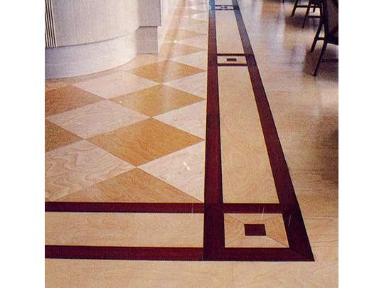 住まいや商業空間に、こだわりの木の床を。 製品紹介