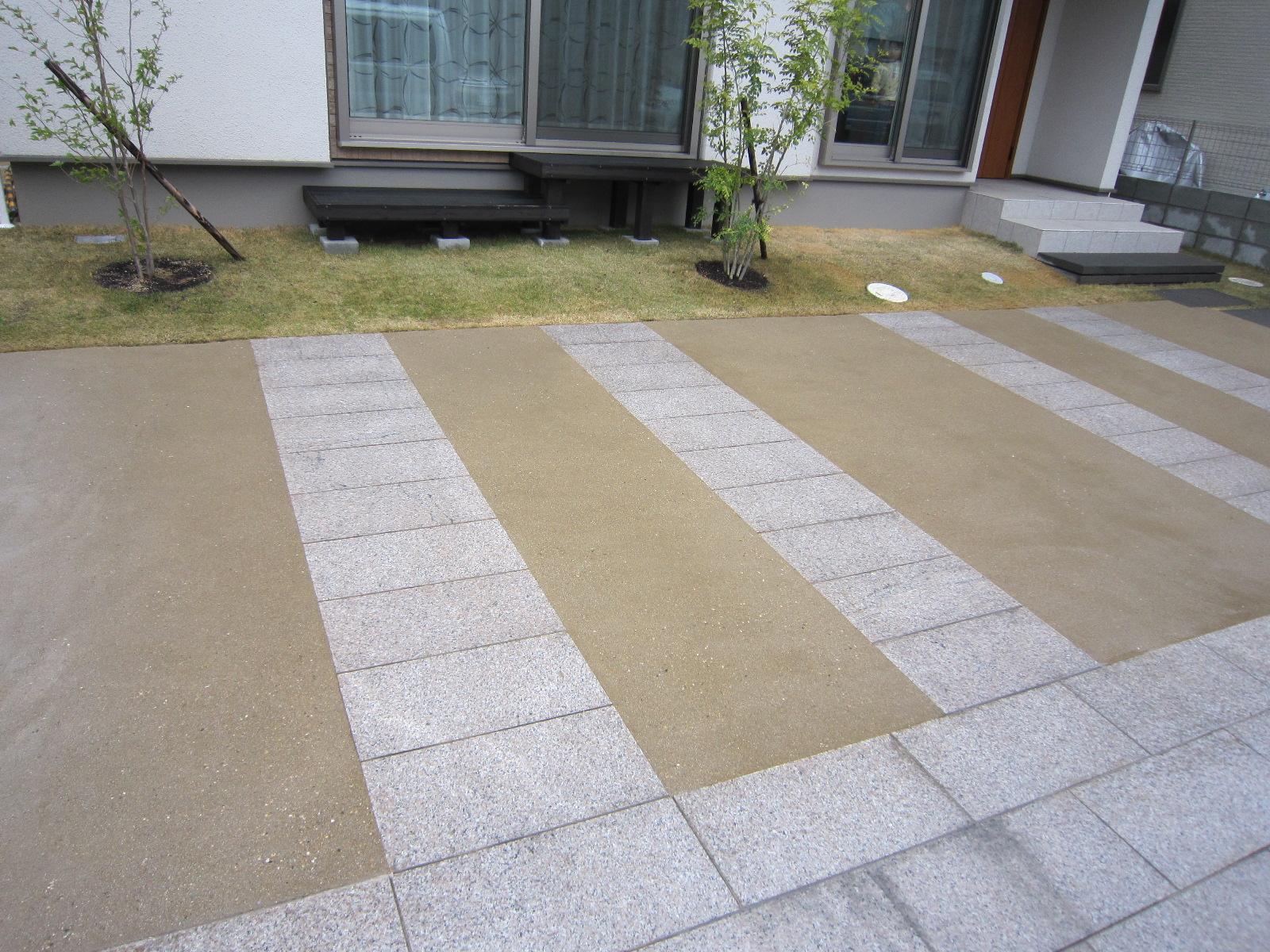 洗い出し自然土舗装材「たたき」
