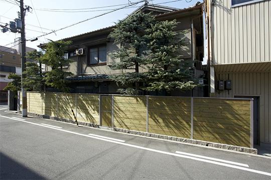 日本には和風の塀がよく似合う!スーパーフェンス