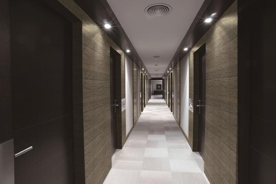 和紙織物クロスで伝統的で高級感溢れる空間を