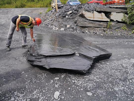 カナダの採石場の天然スレート「PREMIUMBLACKSLATE」