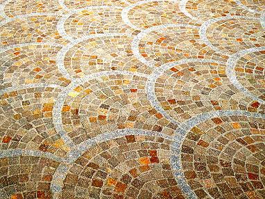 """ヨーロッパで古くから使われてきた歴史ある""""斑岩"""" 製品紹介"""