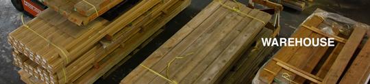 ウッドハートの古材倉庫にて古材特有の風合いをご覧いただけます ショールーム