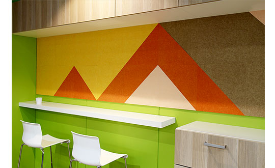 吸音効果が高い壁面装飾材「ColorBo(カラーボ)」がオススメです!