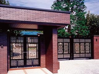 アルミ鋳物製装飾金属「CAZARY® ORNAMENTAL HARDWARE」門扉