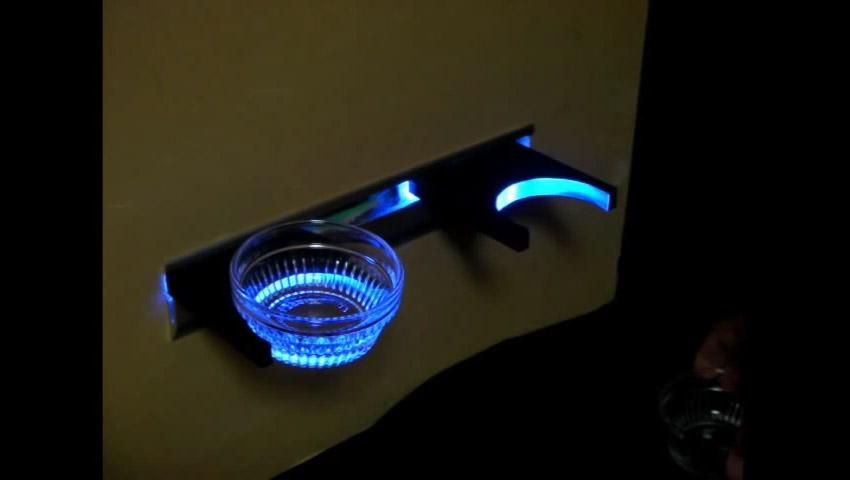 LED光るカップホルダー