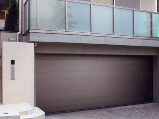 住宅用オーバースライディングドア【フラットピット】