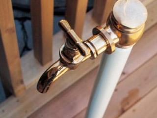 エッセンス 水栓柱