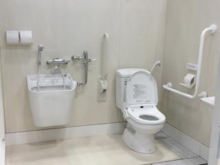 多機能トイレユニット(洗面トイレ付シャワーユニット)