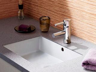 JP133703+JPK05200<br> グローエ エッセンス 洗面器セット