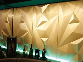 BARやクラブの空間装飾に最適な<br> 内装用デザインウォール「DimpleShade」
