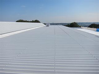 断熱+防水のW効果で大好評!屋根・壁どちらも使える【断熱コート】