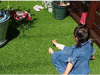 安心の日本製『バロン人工芝』