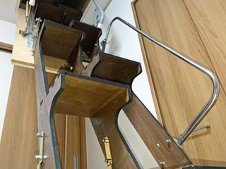互い違い階段【折り畳み階段】