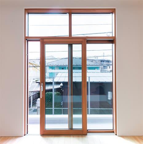 MADOBA<国産材でつくった木製窓>