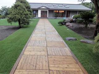 木質舗装【ウッドパネル・モクレンガ】