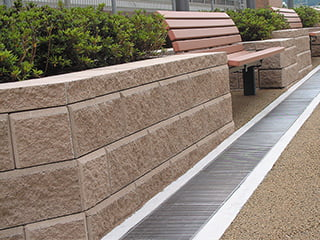 『AB石垣』モルタル不使用の擁壁用組積コンクリートブロック【乾式工法】
