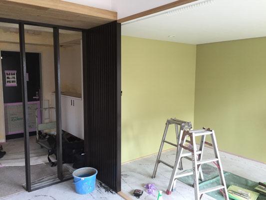 塗り壁材「コンフォートウォール」