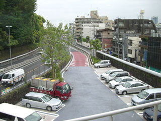 屋外駐車場の暑さ対策 遮熱塗料【ミラクール】