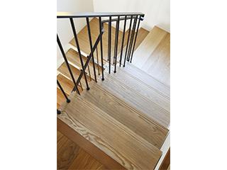 無垢階段材