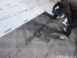通気層を確保する透湿性屋根下地材「イースト通気シート」
