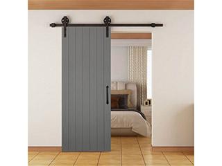 木製ドアをオシャレに引き立てる「バーンドア金物」
