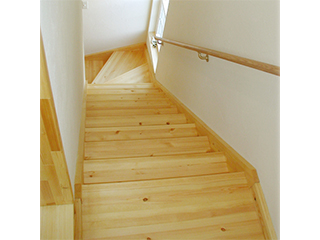 プレカット対応!天然木の国産階段材 TADA