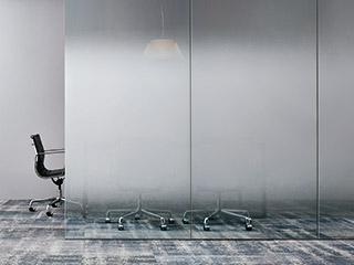 デザイン性と機能性を兼ね備えたガラスフィルム見本帳