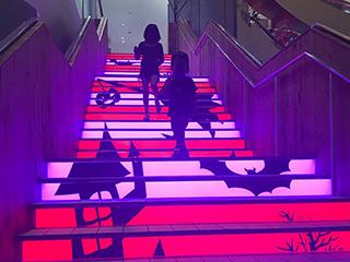 【LEDパネル商品】光る床、階段、布