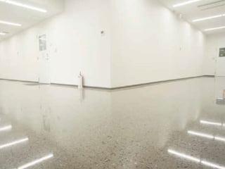 コンクリート磨き床