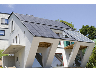 太陽光発電システム<br> ジャストルーフ(屋根建材型)