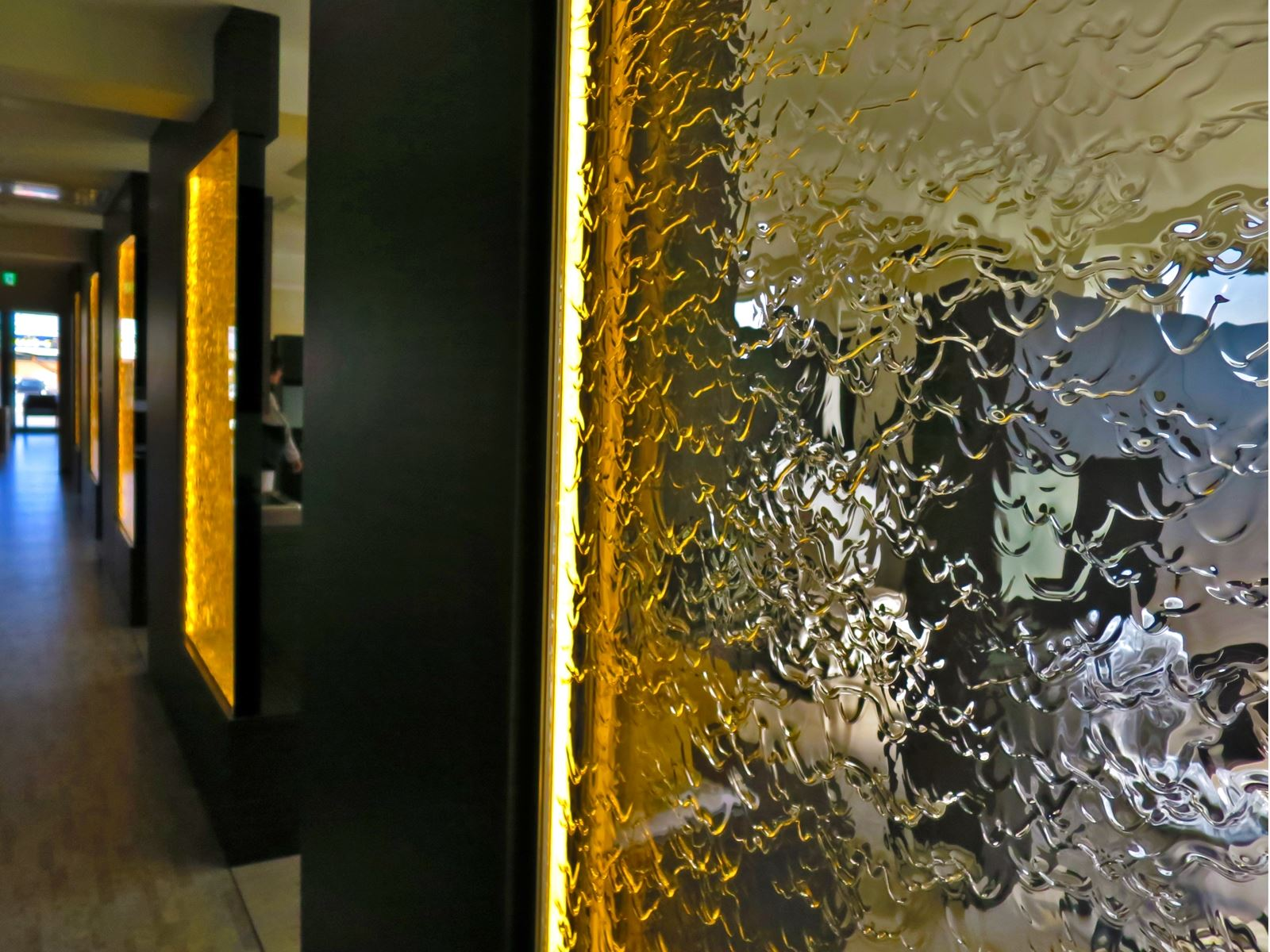 空間水演出【アクアウォールパネル・滝設備】