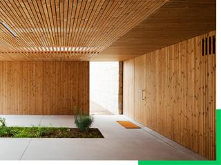 高熱乾燥処理木材パインサーモウッド
