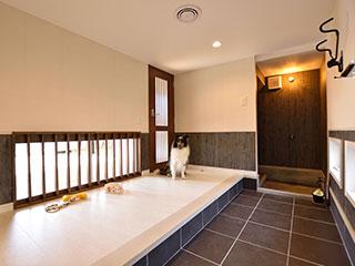 お子様やペットにも安心。糊釘併用施工・床暖房対応コルクフローリング